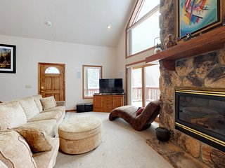 Mountain home w/ private hot tub, deck, picturesque views & river access nearby!