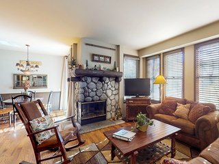 NEW LISTING! Inviting condo w/fireplace & shared hot tub/sauna - near skiing