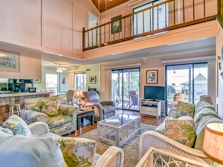 Accessible, dog-friendly home w/ covered deck & elevator!