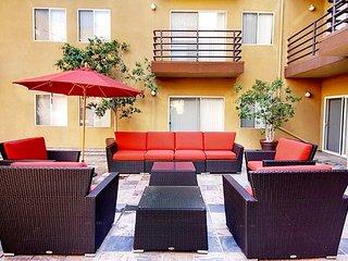 G12 620 - Modern 2 Bedroom Apartment in Heart of DTLA