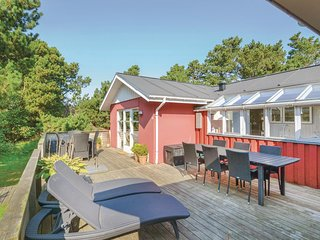 Nice home in Fanø w/ 3 Bedrooms (A2003)
