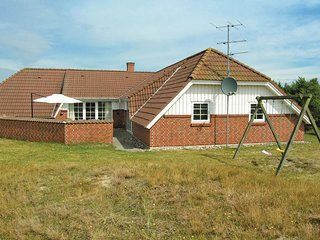 Amazing home in Fanø w/ Sauna, WiFi and 6 Bedrooms