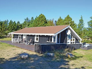 Amazing home in Strandby w/ Sauna, WiFi and 3 Bedrooms
