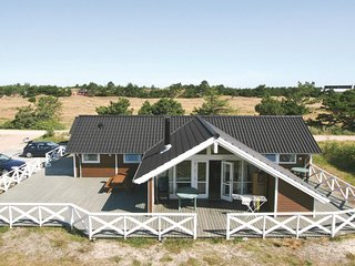 Awesome home in Fanø w/ Sauna, WiFi and 4 Bedrooms
