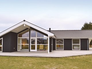 Stunning home in Jerup w/ Sauna, WiFi and 4 Bedrooms