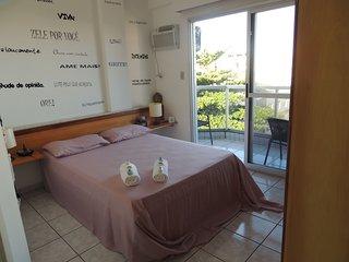 Praia das Dunas - Apartamento aconchegante e confortável com 2 quartos