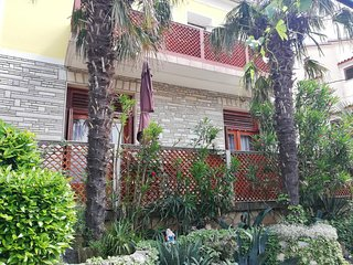 Selce Apartment Sleeps 2 with Air Con - 5777511