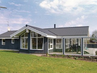 Amazing home in Saeby w/ Sauna, WiFi and 4 Bedrooms