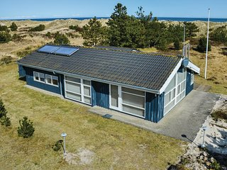 Awesome home in Sæby w/ WiFi and 3 Bedrooms