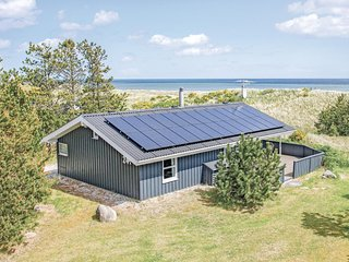 Beautiful home in Sæby w/ Sauna, WiFi and 2 Bedrooms