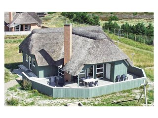 Amazing home in Blåvand w/ Sauna, WiFi and 4 Bedrooms (A3010)