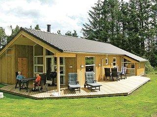 Stunning home in Hals w/ Sauna and 3 Bedrooms