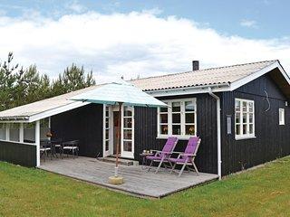 Stunning home in Hals w/ 2 Bedrooms