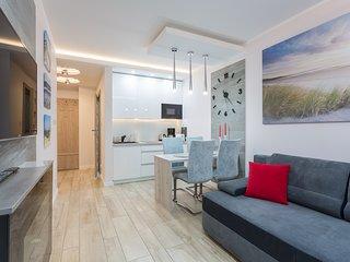 Ambria Apartments Bianco