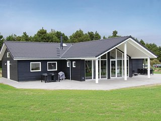 Beautiful home in Blåvand w/ Sauna, WiFi and 5 Bedrooms (A3160)