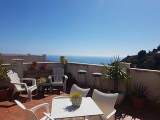 Piso acogedor con terraza grande vistas al mar