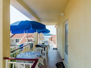Apartments & Room BlueMoon- Standard Studio Apartment with Patio and Side