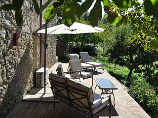 Splendid cottage for two located between Florence, Siena & Arezzo.