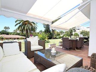 Andalucia Garden Club, Puerto Banus. Wonderful apartment with sunny terraces!