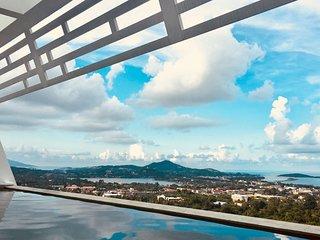 Vue sur Chaweng et Golfe de Thailande depuis la piscine à débordement de la Villa Atlantis 9.