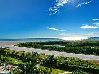 Beachfront South Seas Remodeled Paradise!