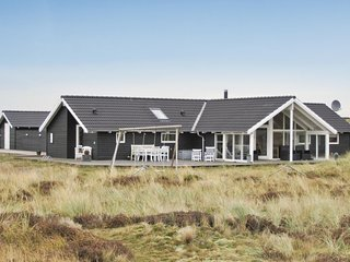 Awesome home in Fanø w/ Sauna, WiFi and 5 Bedrooms