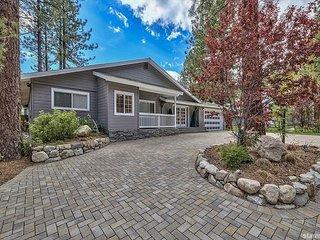 Perfect 6BR Tahoe Ski Home on Lower Kingsbury