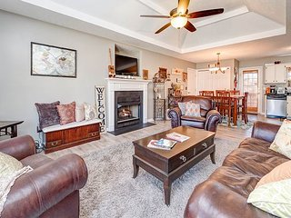 Mount Juliet 3BR on 1-Acre w/ Private Outdoor Space - 30 Minutes to Nashville