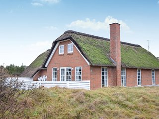 Stunning home in Blåvand w/ Sauna, WiFi and 6 Bedrooms (A3306)