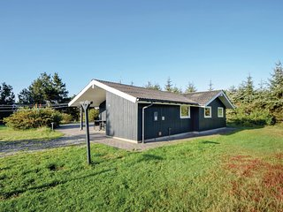 Beautiful home in Blåvand w/ Sauna, WiFi and 3 Bedrooms