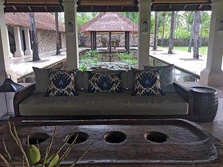 Sira Beach House - an elite haven, 6BR, Tanjung