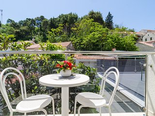 Apartments & Rooms Barisic - Double Room with Balcony and Garden