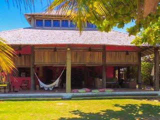 Casa de praia Angatu  areia a seus pés