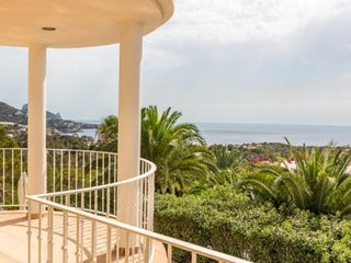 3 bedroom Villa with Pool, Air Con and WiFi - 5251912