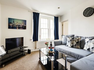 Bright and Central King Cross Apartment - RMI
