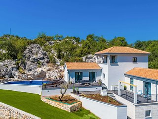 4 bedroom Villa in Mrcevo, Dubrovacko-Neretvanska Zupanija, Croatia - 5776050