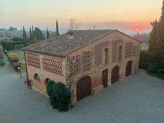 Salcio, authentic restored barn in the heart of Tuscany!