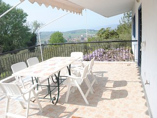 Secluded 1.8 acre garden Villa, for exclusive use with Stunning Views.