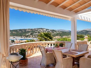Villa Tanic with amazing views to the Port