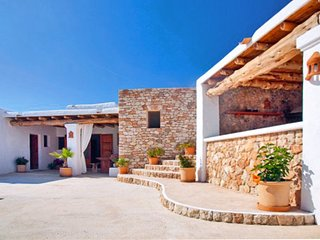 6 bedroom Villa in Cala Vadella, Balearic Islands, Spain - 5049318