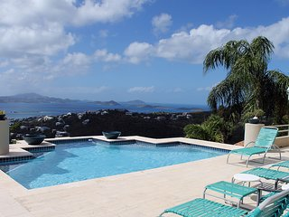 Luxury 4 BR/4.5 BA Villa with Pool & Hot tub.  Endless Ocean Views!
