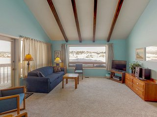 NEW LISTING! Dog-friendly condo w/ covered porch & views -near golf, lakes & ski