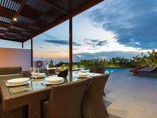 Modern villa w/ private pool & stunning ocean views from terrace - beach nearby!