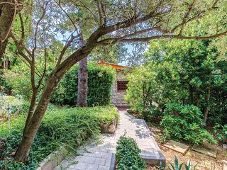 Beautiful home in Crikvenica w/ WiFi and 1 Bedrooms (CKC134)