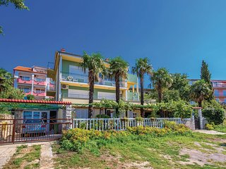Awesome home in Crikvenica w/ WiFi and 3 Bedrooms