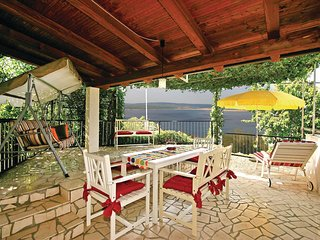 Nice home in Crikvenica w/ WiFi and 3 Bedrooms (CKC546)