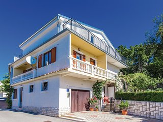 Beautiful home in Crikvenica w/ WiFi and 2 Bedrooms