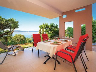 Stunning home in Crikvenica w/ WiFi and 2 Bedrooms
