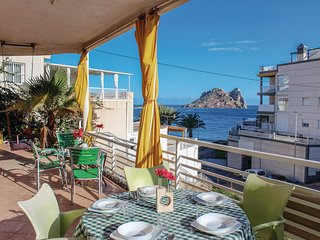 Beautiful home in Aguilas w/ 3 Bedrooms