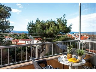 Stunning home in Makarska w/ WiFi and 2 Bedrooms